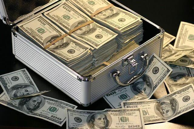 誰でも大金を手にできる楽なネットビジネスは本当にあるのか?