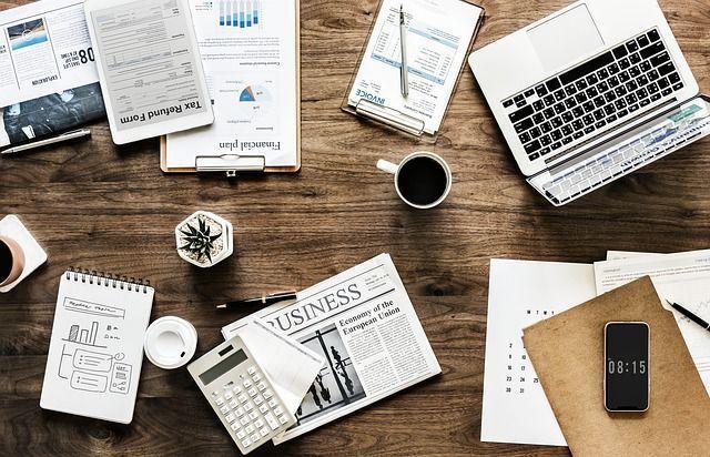 本当に稼げるネットビジネスの情報を探す
