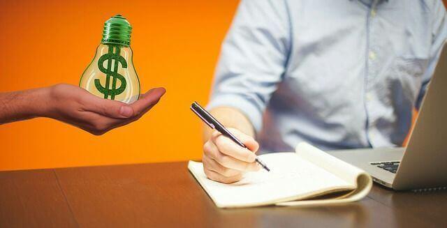難易度と収益化の継続性でブログの稼ぎ方を選択