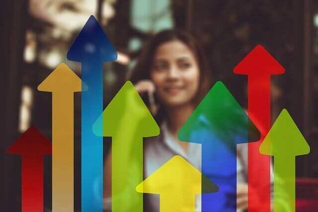 ユーザーの心理とトレンド分析でネットオークションの売れ筋を探る