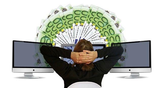 本当に稼げる副業在宅ワークのランキング|難易度と報酬で選ぶベスト5