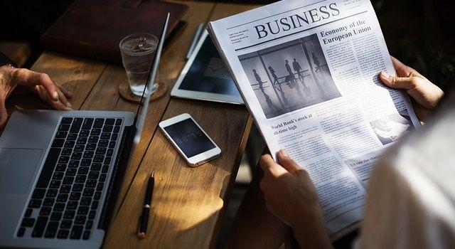 稼ぎやすいネットビジネス5選|初心者でも副業で月10万円稼げる