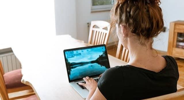 在宅副業を始めるなら知っておくべき仕事の種類と稼ぎ方8選